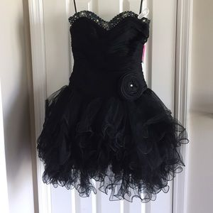 ⭐️HP🆕Black Sequined Party/Cocktail/Pageant Dress